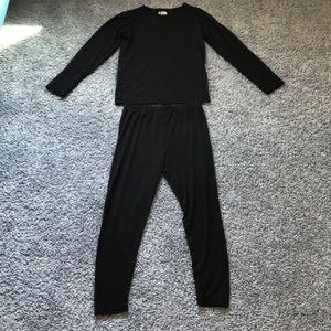 32 Heat Black Shirt & Leggings Size Medium